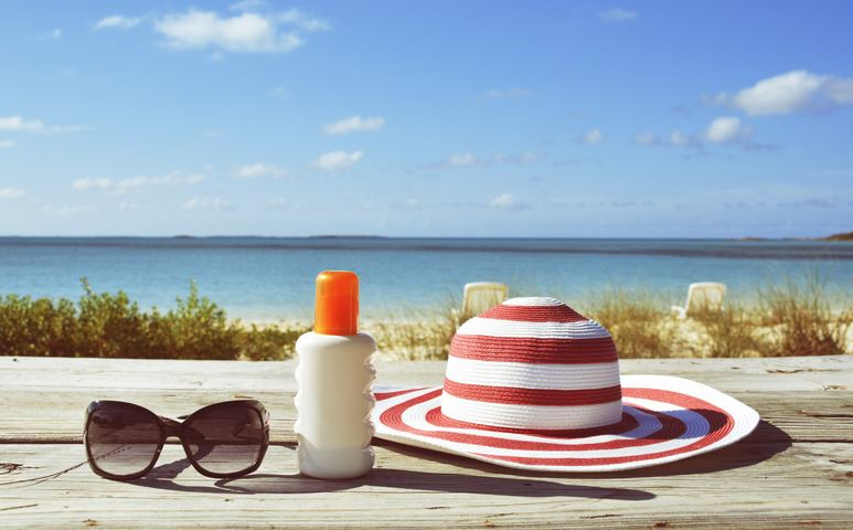 Mineral Sunscreen vs Chemical Sunscreen